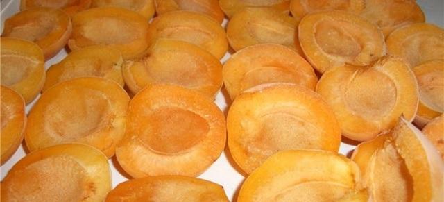Абрикосы протертые с сахаром без варки на зиму - простой рецепт от автора