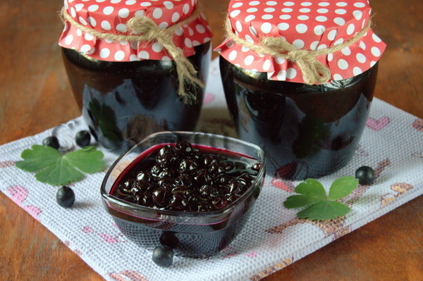 Варенье  из ранеток и черноплодки на зиму - простой пошаговый рецепт